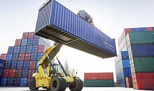 Погрузка на судно и доставка в Россию